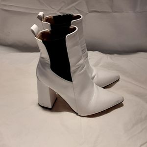 CHASE+CHLOE White Leather Booties